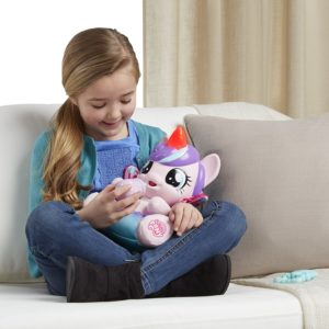 My Little Pony Flurryheart Peluche poney Interactive